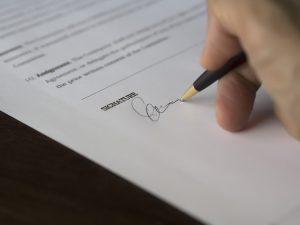 revisa todos los documentos antes de firmar por tu casa 640x480
