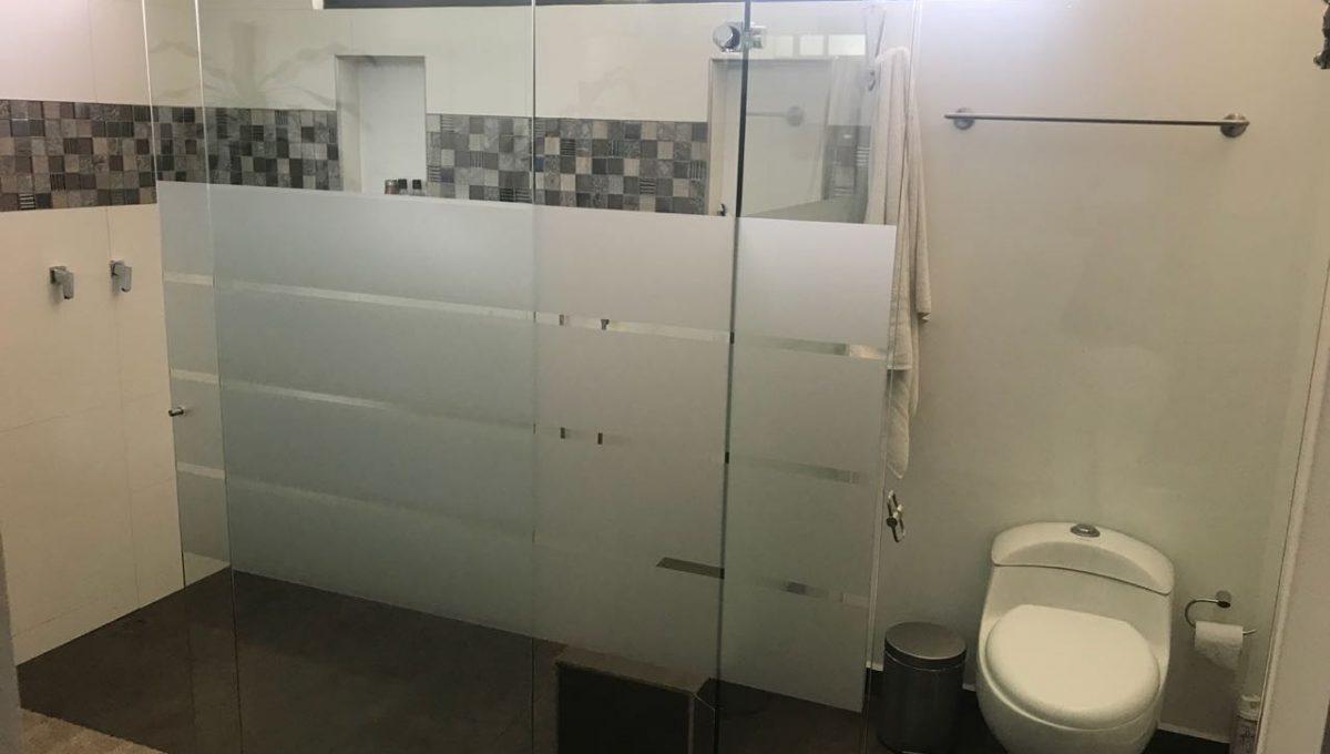 baño casa en venta en pance