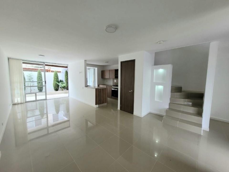 Casa en venta Ciudad Country